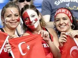 The #Turkish people are great. Average age is 20. #Turkey is great ...