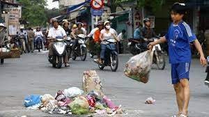 Public ignore stiff fines for littering - Society - Vietnam News |  Politics, Business, Economy, Society, Life, Sports - VietNam News