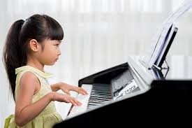 663 Asian Girl Piano Stock Photos, Pictures & Royalty-Free Images - iStock