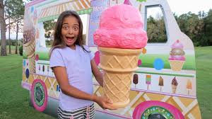 GIANT ICE CREAM CONE! Kids Pretend Play Ice Cream Truck In Real Life -  YouTube