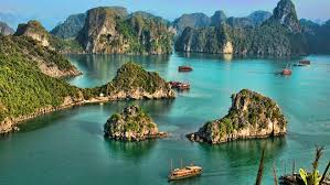 Visiting Halong Bay: tips to plan your cruise - Lonely Planet
